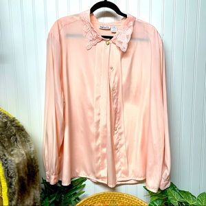 Vintage Fitting Image Peach Button Down Top Sz 26